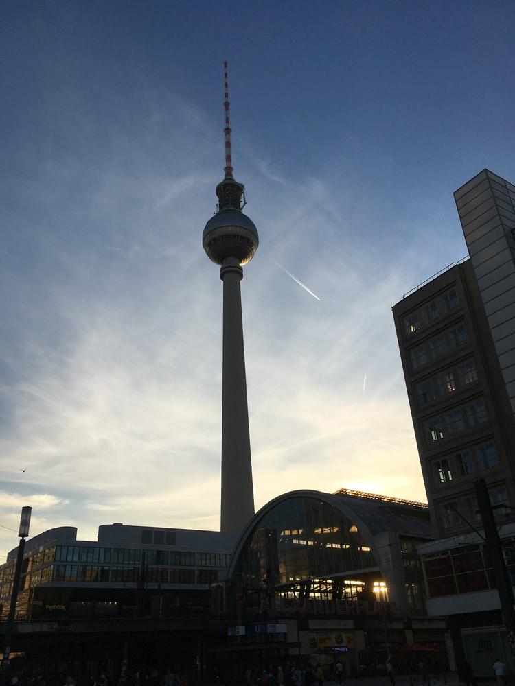 TVFay-Berlin-Neuheiten-Loewe-Fernsehturm
